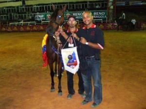Raul, Migue, y Gran Campeona Reservada Aurora de HH